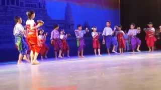 Traditional dancing Smart kids international school