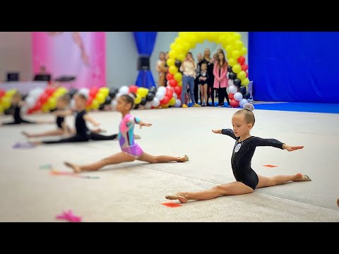 ВЛОГ Соревнования по художественной гимнастике! Маша на своем первом турнире! Gymnastica 2.11.19