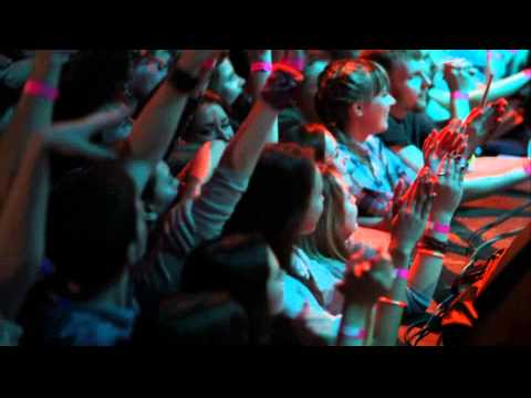 Vanilla Sky — Umbrella (Rihanna cover, Live @ Re:Public, Minsk, 4.11.2012)