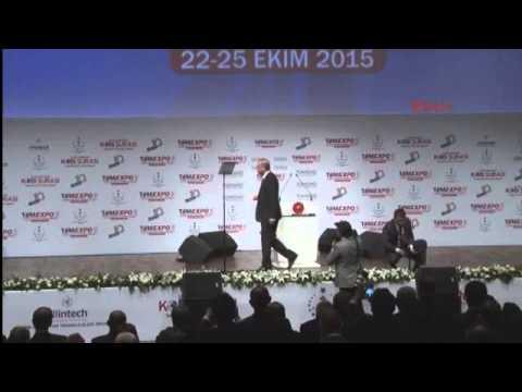 Cumhurbaşkanı Erdoğan'dan Plaket Törenine 'telefon' Arası