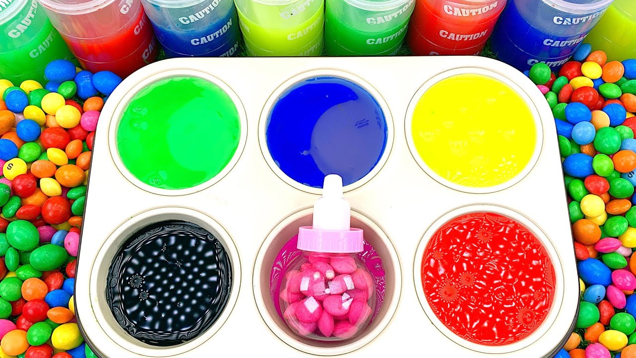 Satisfying Video l Color Tray with Skittles Lollipop Candy & Glossy Slime & Glitter Playdoh ASMR