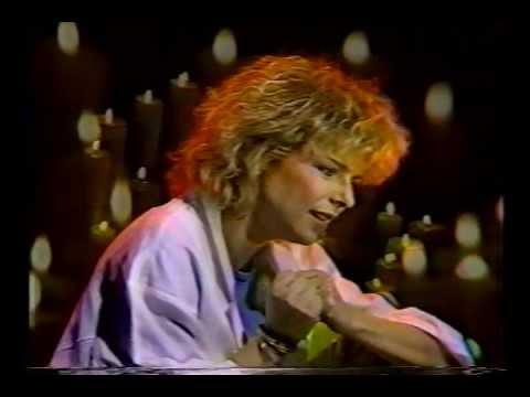 France Gall ''Diego, libre dans sa tête'' accoustique - 1985, Montréal