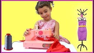 Lívia pretend play Princess Boutique & Toy Sewing Machine