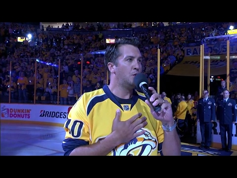 Luke Bryan sings national anthem before Predators & Blackhawks game
