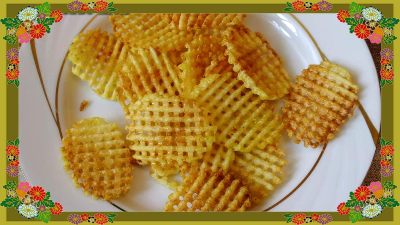 How To Make Thin Crispy Potato Chips طريقة عمل البطاطس المقلية