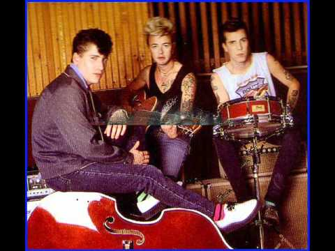 STRAY CATS - LUST IN LOVE