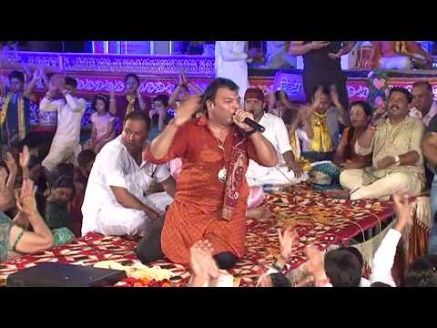 Kyo Bhatak Raha Re Man Live Shyam Bhajan -...