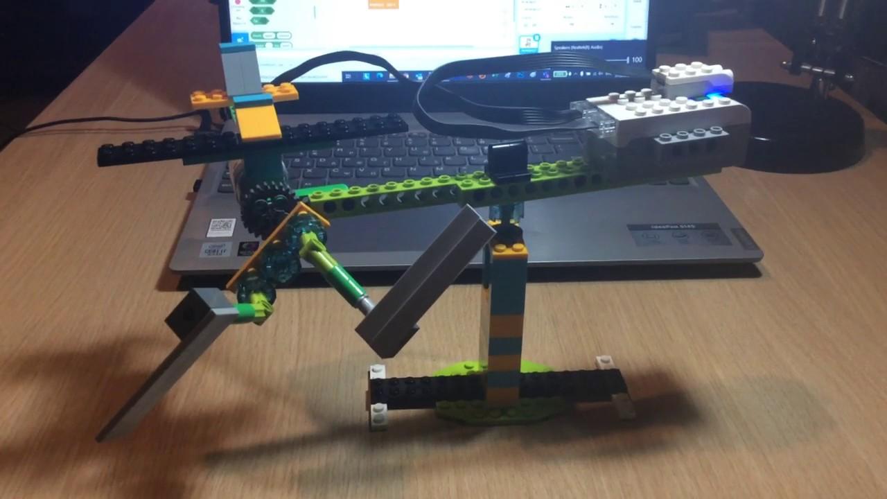 Lego Education WeDo 2.0: Αεροπλάνο - YouTube