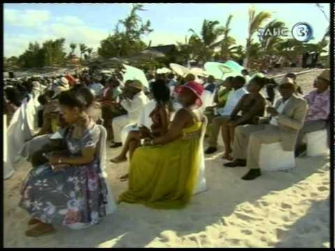 [Full VIDEO] Celebrities and Malema at David Mabilu's Mauritius wedding