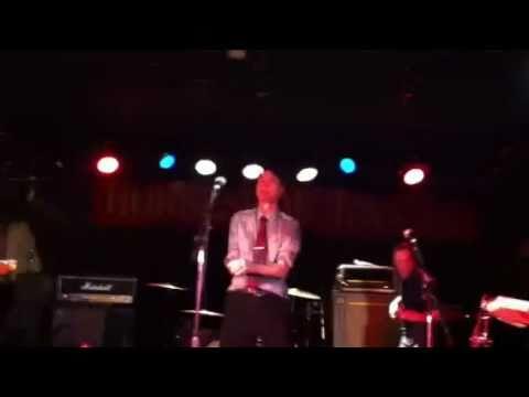Blue Peter play Toronto Horseshoe Tavern  Don't Walk Past January 2011
