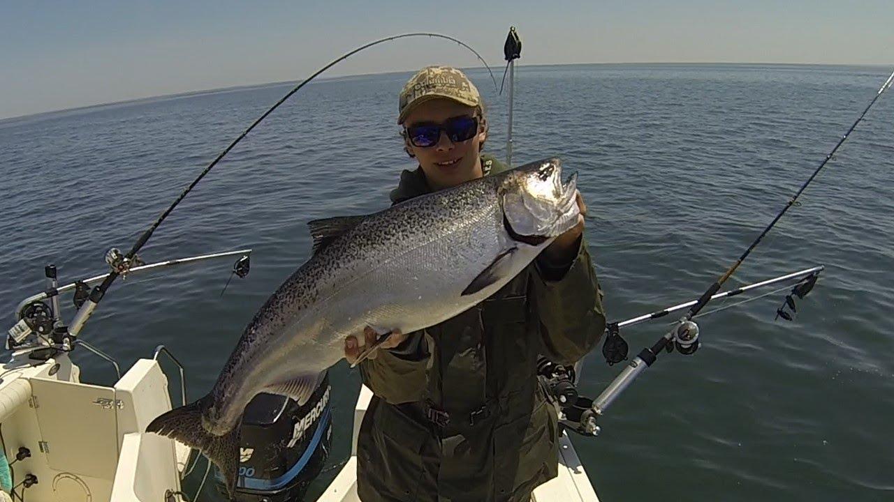 Lake ontario salmon fishing may 2014 youtube for Lake ontario salmon fishing report