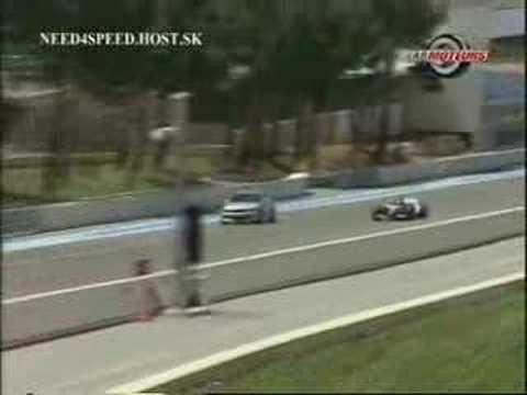 F1 vs road car braking distance