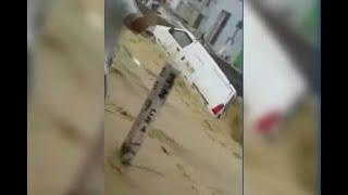 Tragada por las aguas terminó una camioneta en Barranquilla por culpa de los arroyos
