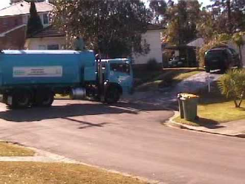 how to become a garbage man australia