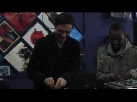 Ralf GUM at Vynal Joint playing Ralf GUM feat. Kafele - Complicated (Ralf GUM Main Mix)