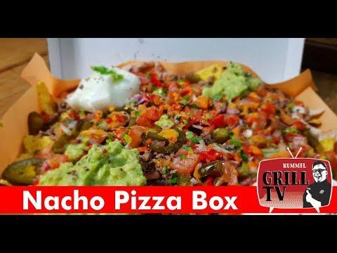 Nacho Pizza Box mit Beef und Guacamole