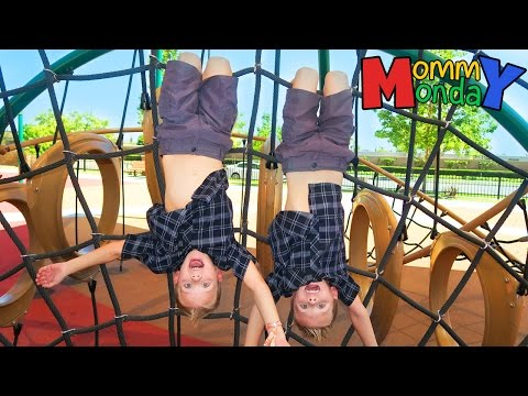 First Vidcon!! PARTY BUS, Park, and CANDY Galore!! || Mommy Monday