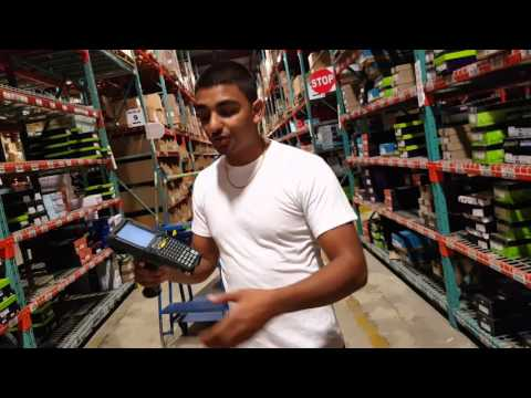 How to use an RF Gun or Scanner – PICKING orders in a warehouse