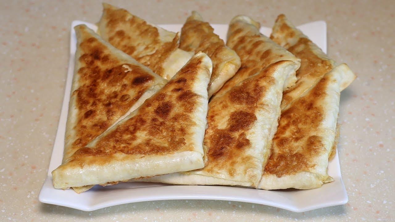 Беру лаваш,  начинку и через 15 минут вкуснейшие пирожки готовы.