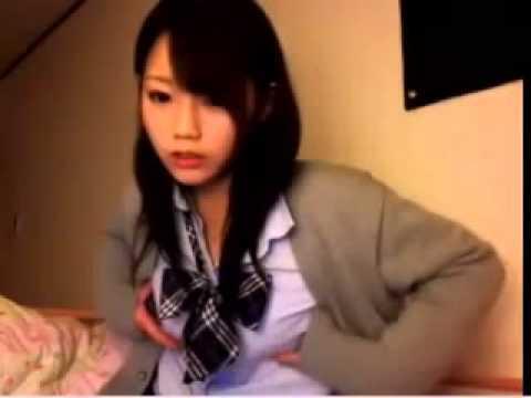 (らいぶちゃっと)胸を強調する美10代小娘 (シロウト)