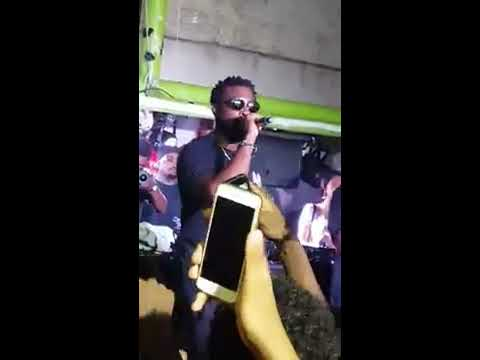 Damso - J Respect R live Yard