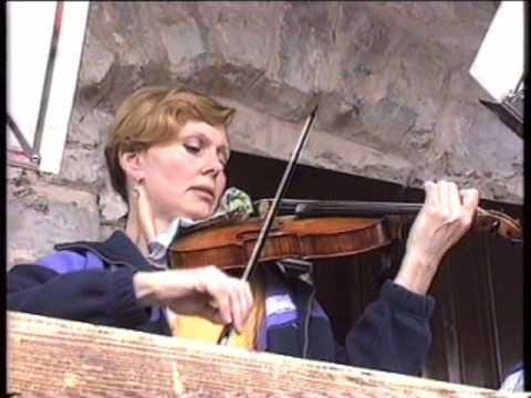 Tatjana Grindenko suona Sequenza VIII di Berio