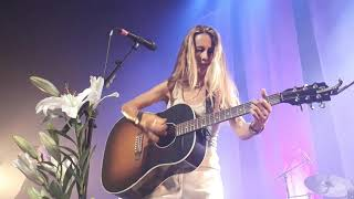 "Heather Nova ""London Rain (Nothing Heals Me Like You Do)"" Live Paris 2019"