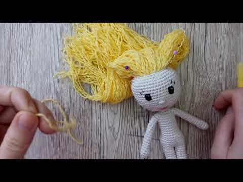 Как крепить волосы вязаной кукле из ниток