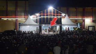 Download Video Ribuan PNS Tak Berhenti TERTAWA!! Ceramah Ustadz Abdul Somad Lc. MA di Pemkab Galus, Gayo Lues Aceh MP3 3GP MP4
