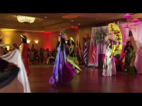 Coral Springs International Dance 2016: Vietnam Fashion Show