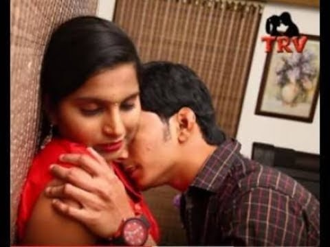 Indian Girl Kiss Girl