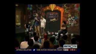 Stand Up Comedy Metro TV Battle of Comic Edisi Resolusi 2013 (3)