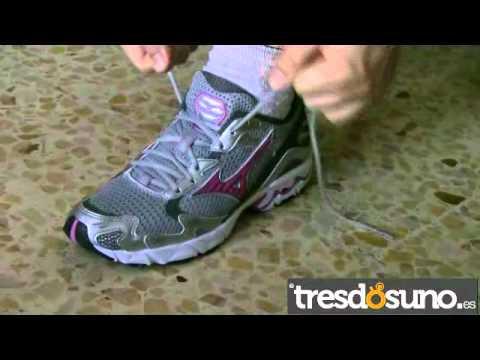 gran selección de 32b64 37dbd Cómo atar correctamente los cordones de tu zapatilla deportiva