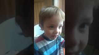 3 yaşında ama 5 olarak gösteriyor Ömer asaf :) çizgi film ya