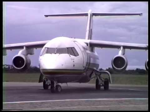 Air Zimbabwe BAe 146 Landing at Hwange Airport 1993