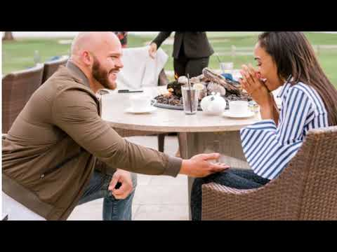Michelle Williams' Fiancé Saved Up 11 Years for Her Engagement Ring – See the 5-Carat Stunner!