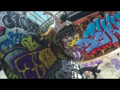 Bonzing Skateboards: Face