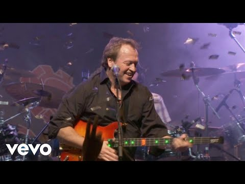 Level 42 - Lessons In Love (30th Anniversary World Tour 22.10.2010)