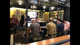 Trading Forex Gold Bitcoin Options Saham di Coffee Shop