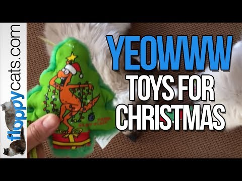 Yeowww! 100% ORGANIC Catnip Cat Toy Christmas Tree, Candy Cane and Stockings with Ragdoll Cats