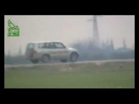 FLIEGENDES AUTO IM VISIER! Freie Armee Syriens fegt Staatsschutz Verfassungsschutz jeden Schmutz