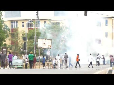 فرانس 24:Shiite protesters clash with police for second day in Abuja