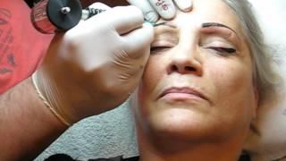 Machiaj pleoape salon http://www.machiajtatuaj.ro