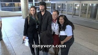 Keanu Reeves so good with his fans