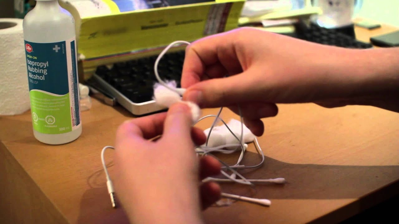 how to clean your earbuds cleaning and disinfecting the headphones for iphone ipod ipad or android [ 1280 x 720 Pixel ]