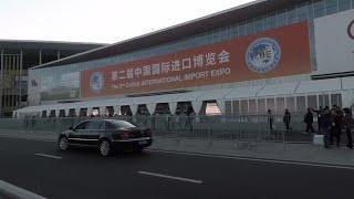 中国进博会期间在国展中心的上班路实况