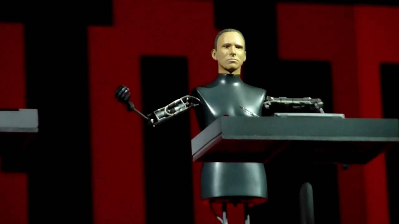 Kraftwerk - The Robots, Bestival 2009 (HD) - YouTubeKraftwerk The Robots