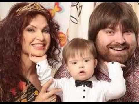 Четырехлетнему сыну Бледанс сделали сложную операцию