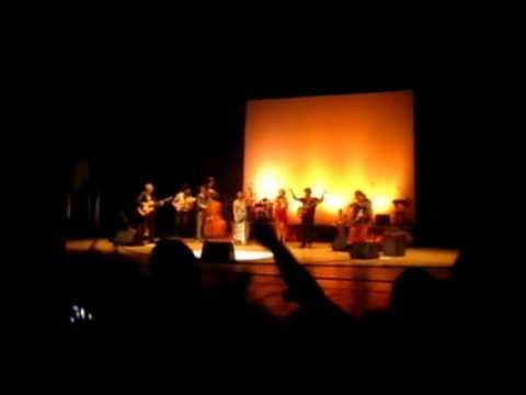 Mannarino - Scetate vajò (Live @ San Benedetto del Tronto)