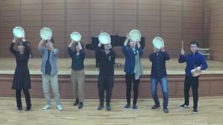 小学校の低学年音楽発表会で小学生が演奏するイメージで作りました。 太...
